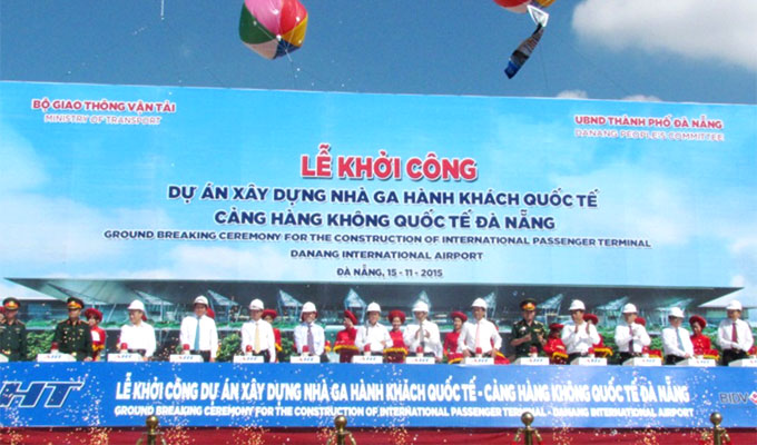 Launching the construction of international passenger terminal at Da Nang International Airport