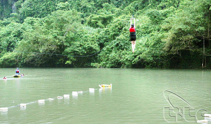 Zip-line – a favorite activity at tourist destinations of Viet Nam