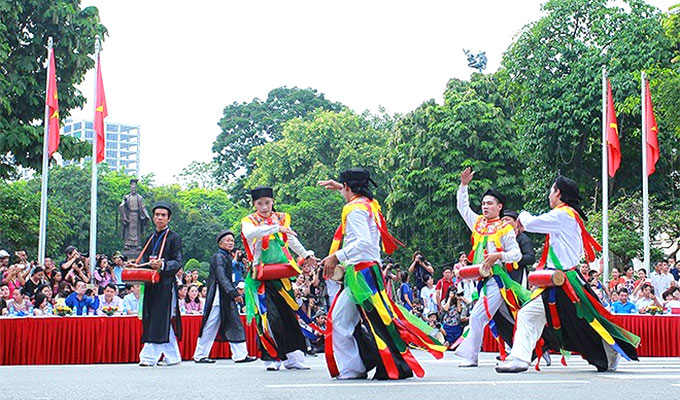 Street festival celebrates 10 years of Ha Noi's boundary adjustment