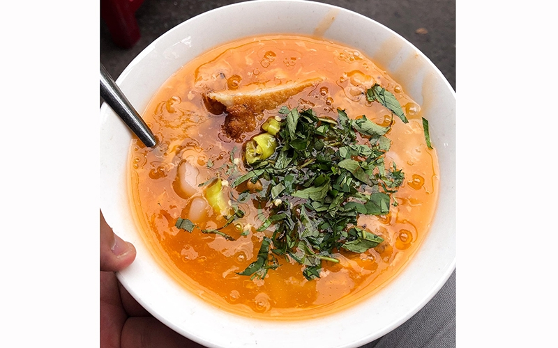 "Remembering Nam Pho ""banh canh"" in Hue"