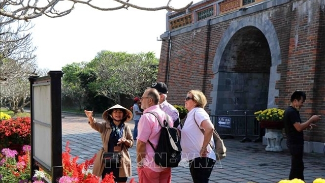 Stranded foreigners can stay in Vietnam until June 30