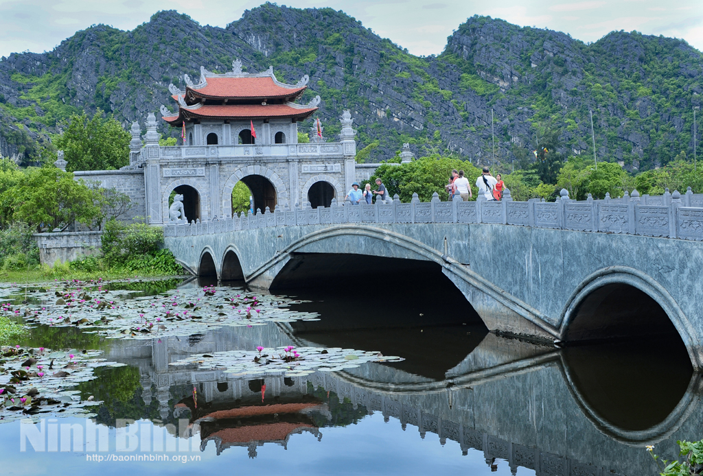 Visit Viet Nam Year 2021 - Hoa Lu, Ninh Binh will open on April 20