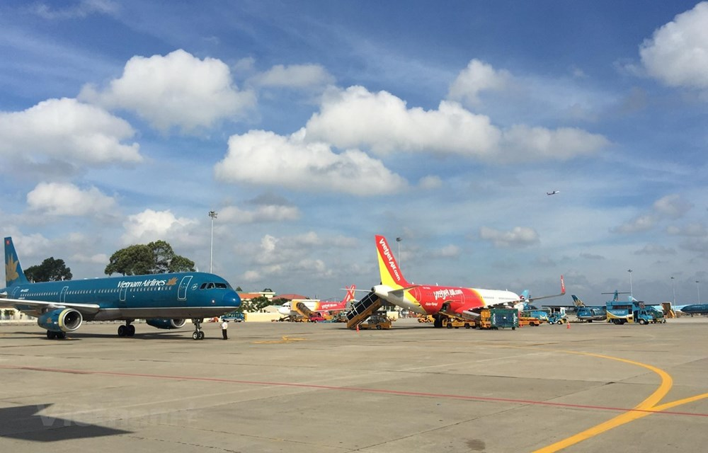 Airlines plan to increase domestic flights during Tet